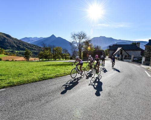 Bike And Py à Lourdes propose des séjours Découverte des Pyrénées en vélo électrique