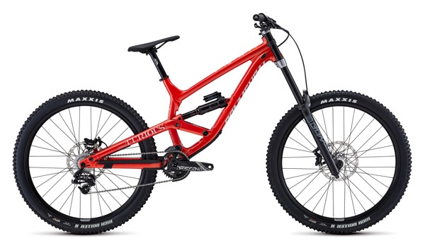 Downhill mountain bike rental pyrenees commencal furious